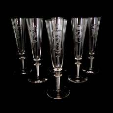 6 champagne flutes / sparkling wine glasses with air frond of the Rheinische Gla
