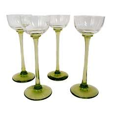 4 stem glasses made of olive glass, Rheinische Glashütten um 1905
